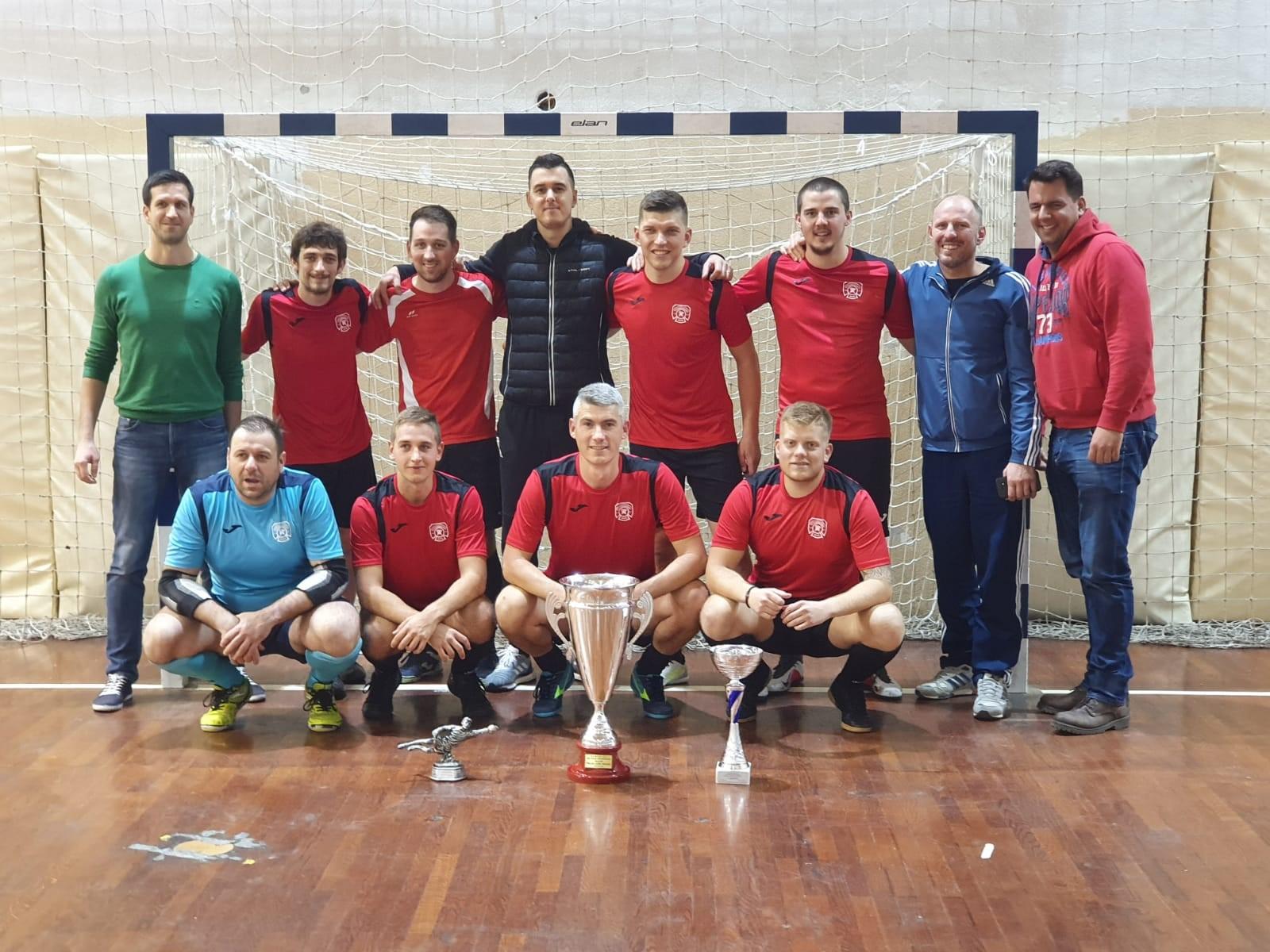Osvojeno prvo mjesto na malonogometnom turniru u Solinu